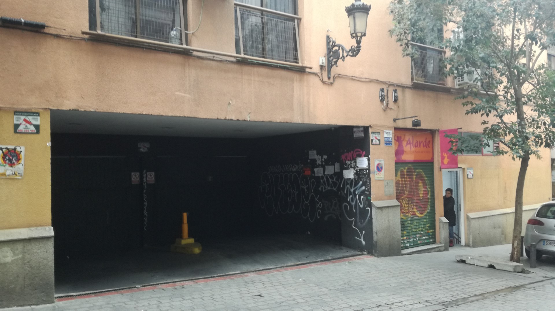 VENTA: Calle Luis Velez de Guevara, 9